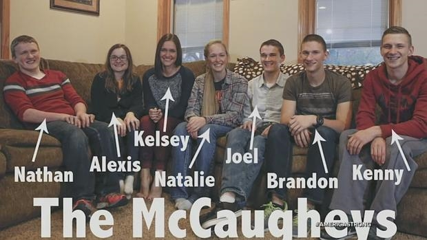 Captura de pantalla de los septillizos McCaughey, los primeros de la historia que consiguen sobrevivir