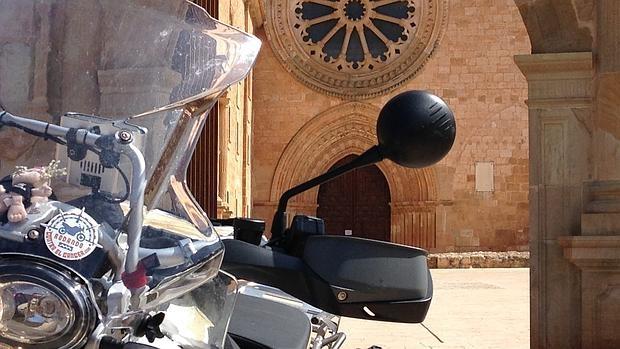 Las motos de «Rodando contra el cáncer» ya han conquistado la mitad de los municipios españoles