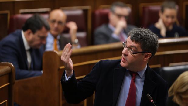 El ministro de Energía y Agenda Digital, Álvaro Nadal