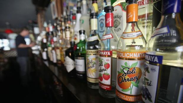 Los lituanos son los mayores bebedores de alcohol del mundo, según la OMS
