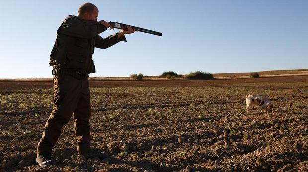Las trabas aduaneras ponen coto al turismo de caza en España