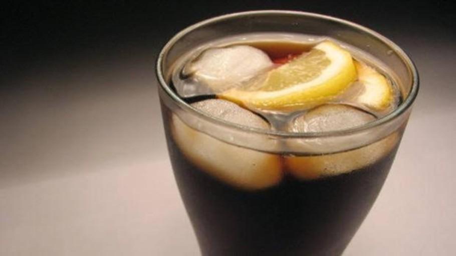Polémica en Italia por una propuesta para subir los impuestos a la bollería, bebidas azucaradas y billetes de avión