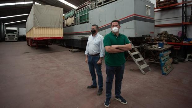 Enrique y Florencio Rubio, propietarios de atracciones de feria, que no pueden trabajar debido al Covid-19