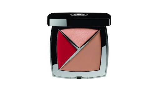 En dos tonos, la nueva paleta de Chanel trae tres productos distintos