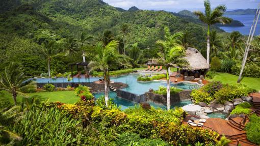 Hilltop Villa piscina