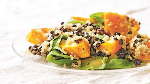 Lentejas y quinoa con calabaza, uno de los platos del libro 'Quinoa, semillas y cereales'
