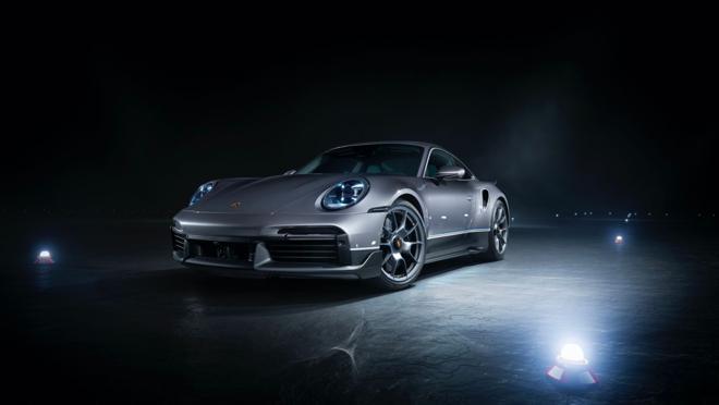 Imagen del Porsche 911 Turbo S del pack The Duet
