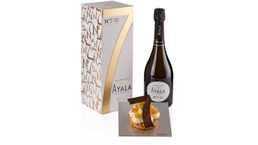 Champagne Ayala and dessert No. 7 from La Duquesita