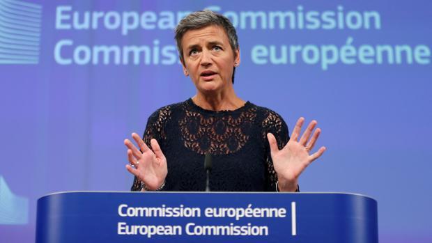 Margrethe Vestager, comisaria de la competencia de la Comisión Europea, en rueda de prensa
