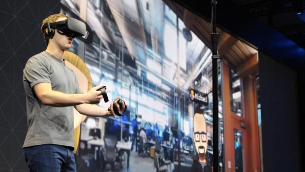 Mark Zuckerberg, fundador de Facebook, durante la conferencia de Oculus