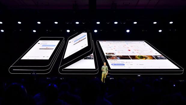 Samsung ya presentó en 2018 su primer prototipo de teléfono flexible