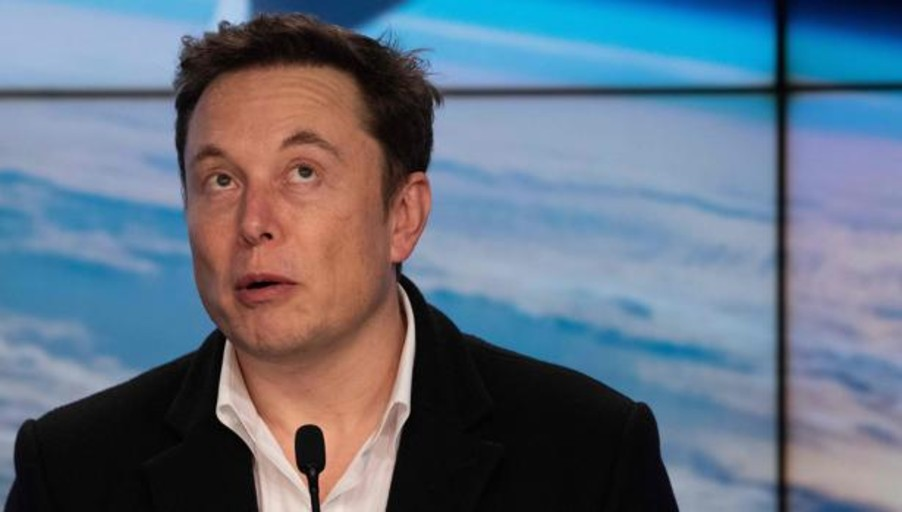 Elon Musk asegura tener listo un microchip cerebral para fusionar el ser humano a un ordenador