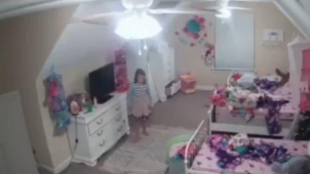 «Soy tu mejor amigo»: un ciberdelincuente «hackea» a la cámara de la habitación de una niña de 8 años