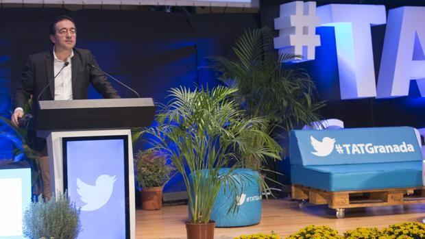 José Manuel Albares defiende el uso de Twitter para combatir los populismos
