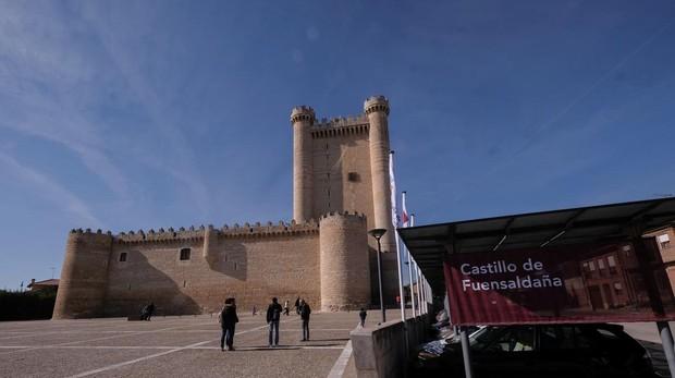 El Castillo Donde Pasaron Su Luna De Miel Isabel La Catolica Y