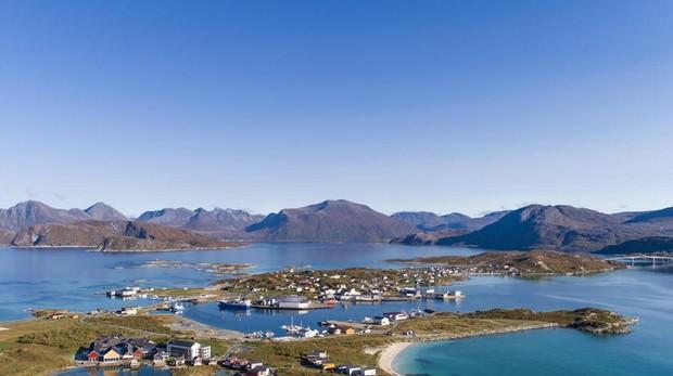 Panorámica de la isla de Sommarøy