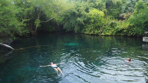 Una de las trece lagunas de agua dulce que forma el río Yauya