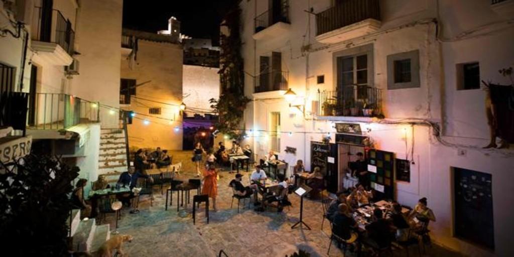 Restricciones en Ibiza: todo lo que debes saber para viajar a la isla